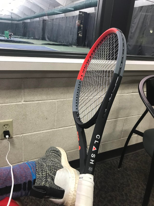 親善 試合 クラッシュ テニス